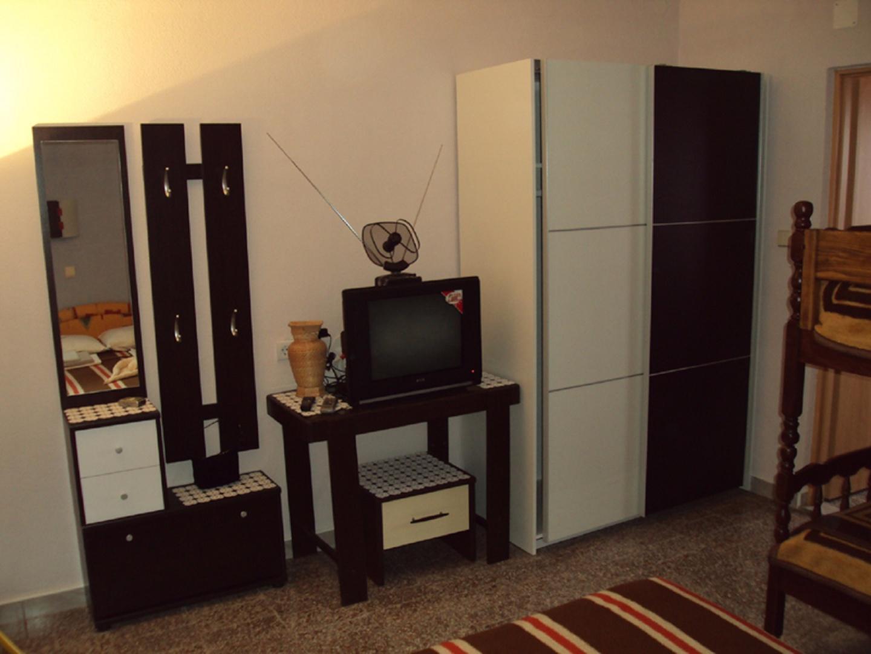 Apartmani Maestral  Tkon 2 Slide-6