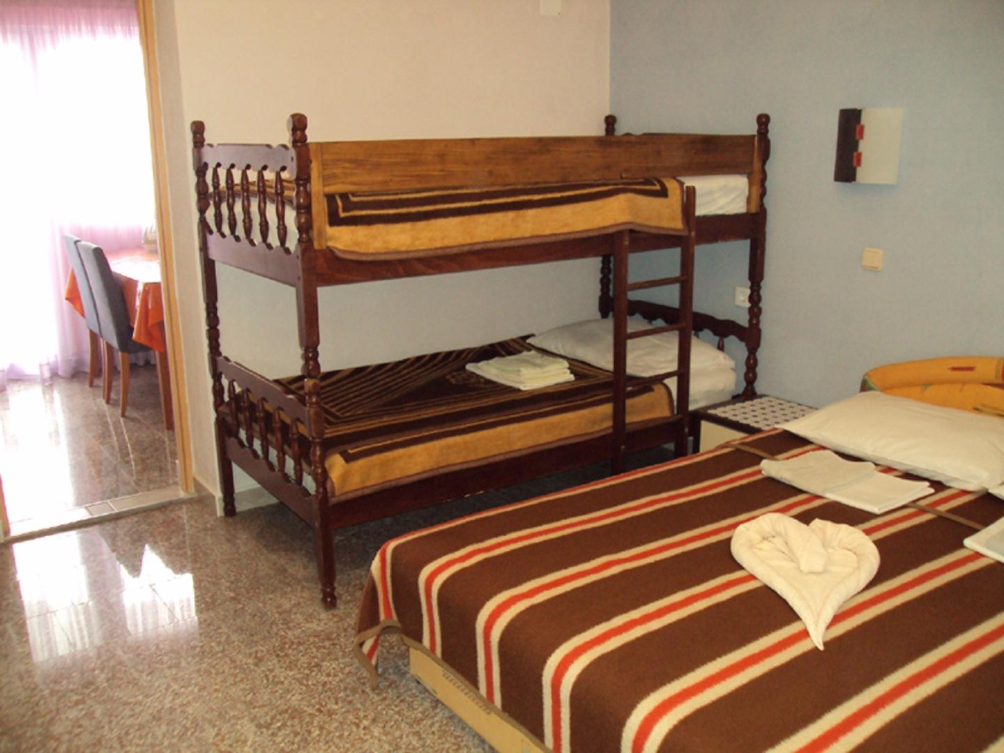 Room, bunk bed and twin bed Slide-4