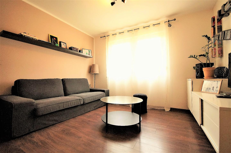 Modern two bedroom apartment Slide-1