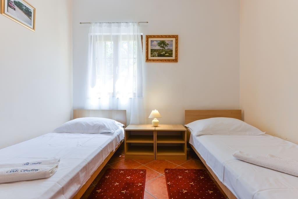 Villa Steffany Apartments Slide-3