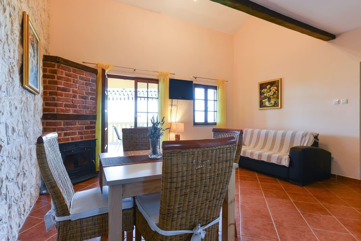 Villa Steffany Apartments Slide-1