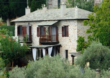 Villa Amanti, a Charming Traditional Old Stone Hou