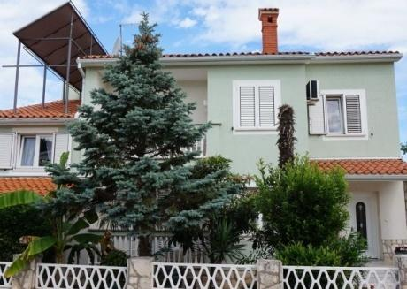 Apartments Bal 200 m from beach for 4 persons
