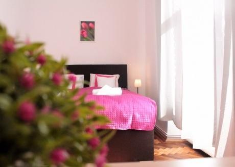 Delighful One Bedroom Suite, Jewish Quarter!