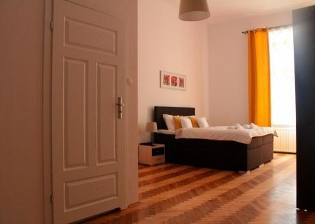 Spacious 3 Bedroom Suite, Kazimierz District!