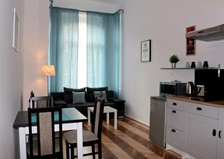 Bright&Chic One Bedroom Suite, Jewish Quarter!