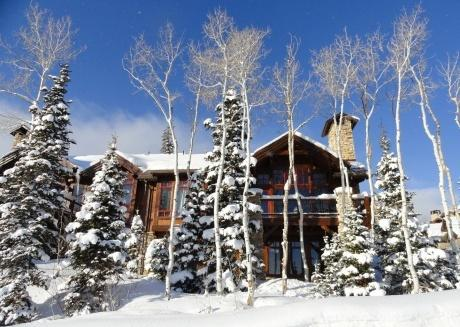 Ski-in, Ski-out luxury 4 bd home!  Free Shuttle!
