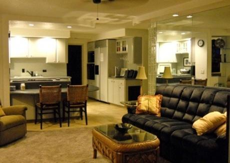 UP TO 25% OFF!!  Oceanfront 2 Bedroom Condo near Aquarium!