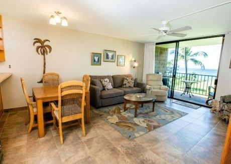 Up to 20% OFF Kauhale Makai 2BD Oceanfront Condo (closest to ocean on property!)