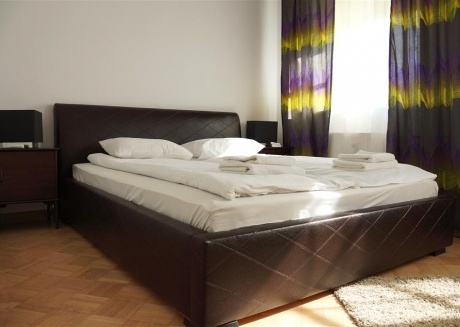 ROYAL ROUTE RESIDENCE 4 Beds Floor: 2