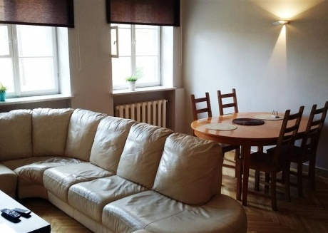 OLD TOWN APARTMENTS 5 Beds Floor: 2