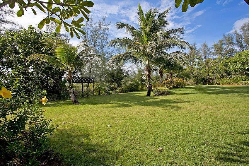 Chom Tawan |  4 Bed Pool Villa Near Layan Beach... Slide-25