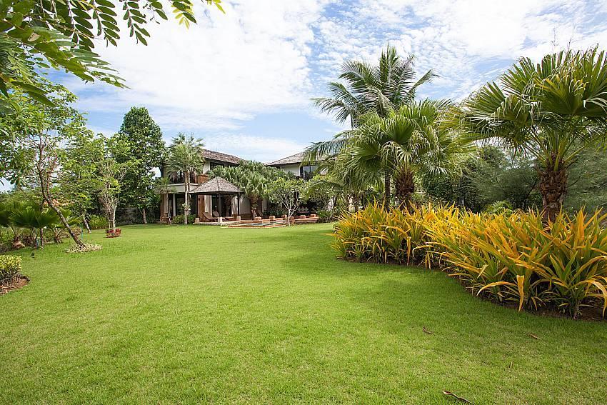 Chom Tawan |  4 Bed Pool Villa Near Layan Beach... Slide-26