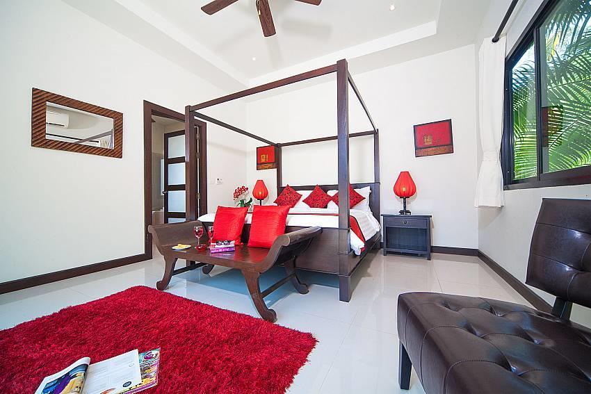 Villa Gaew Jiranai   4 Bed Holiday Pool Home in... Slide-26