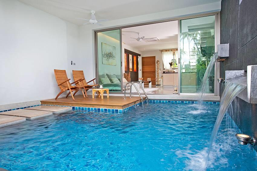 Friendship Villa No.7 | 2 Bed Beachfront Pool V... Slide-5