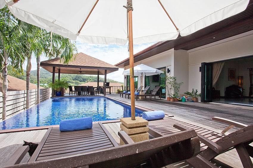 Ploi Jantra Villa | 5 Bed Large Serviced Holida... Slide-2