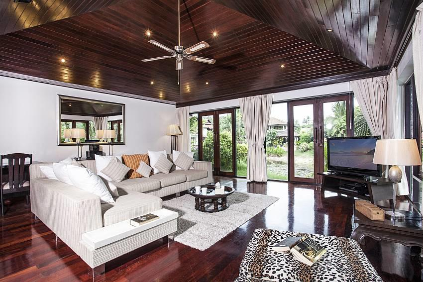 Villa Kanya | Stylish 4 Bed Holiday Pool Home i... Slide-2