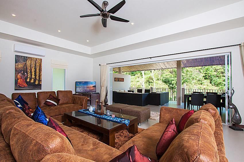 Si Mok Villa | 7 Bed Deluxe Home in Nai Harn Ph... Slide-5