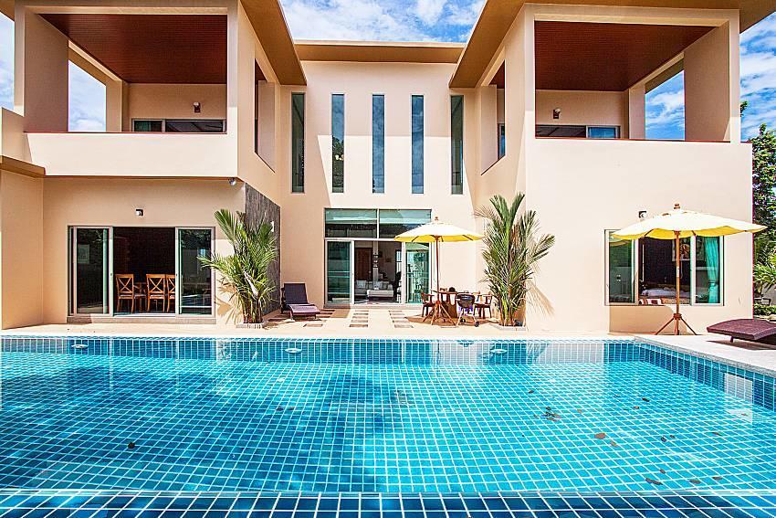 Pensri Villa | 4 Bed Pool Summer House in Rawai... Slide-1