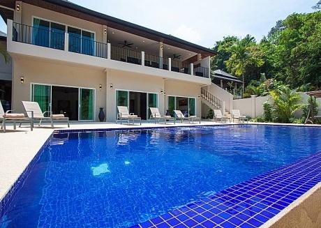 Si Mok Villa | 7 Bed Deluxe Home in Nai Harn Phuket