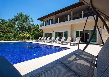 Si Fah Villa | 7 Bed Splendid Tropical Rental in Phuket
