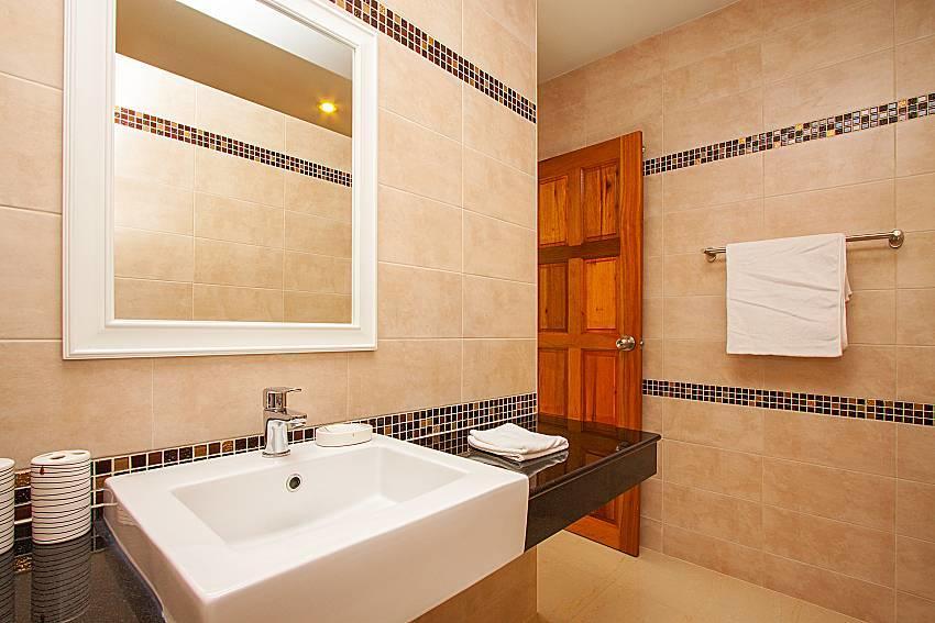 Villa Tallandia | 3 Bed Rental with Pool in Raw... Slide-35