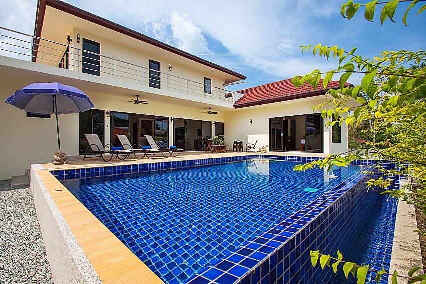 Villa Tallandia | 3 Bed Rental with Pool in Raw... Slide-1