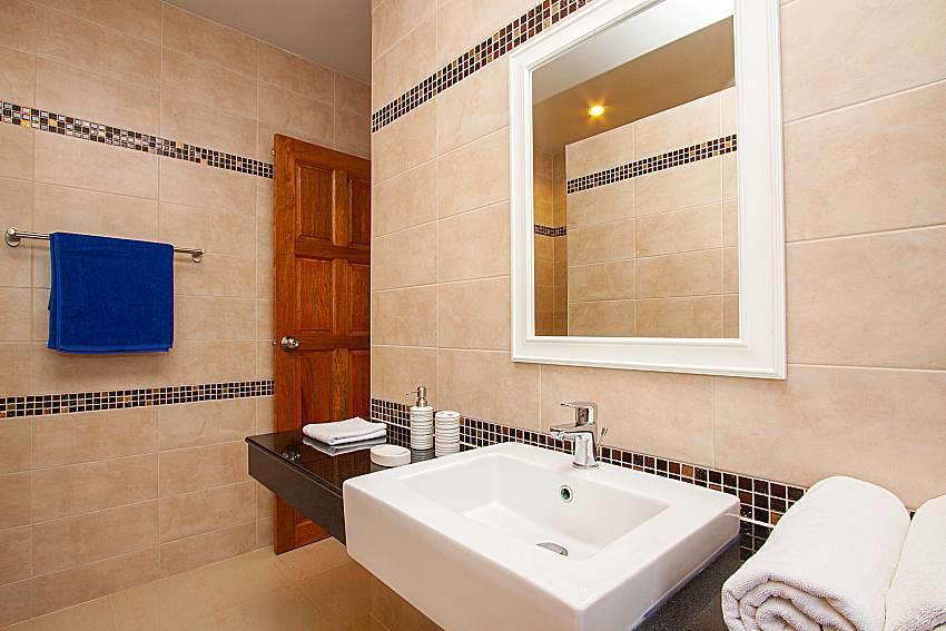 Villa Tallandia | 3 Bed Rental with Pool in Raw... Slide-34