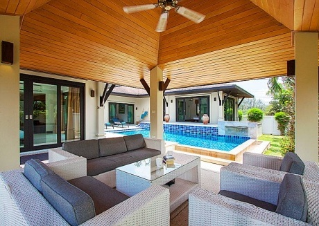 Villa Rachana | Refined 3 Bed Villa near Laguna Phuket