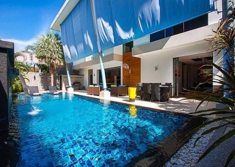 Villa Fullan | Modern and Chic 3 Bed Pool Home in Phuket