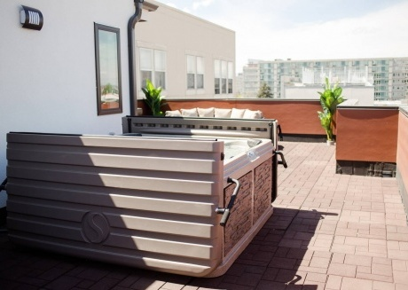 Sleeps 14 NEW Luxurious Vacation Home in DT Denver