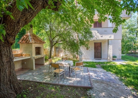 Cozy house in the center of Tar with Parking, Internet, Washing machine, Air conditioning