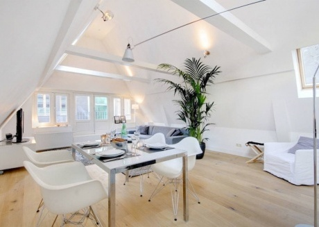 Cozy apartment in the center of Amsterdam with Internet