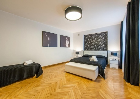 Spacious apartment in the center of Tallinn with Internet, Washing machine