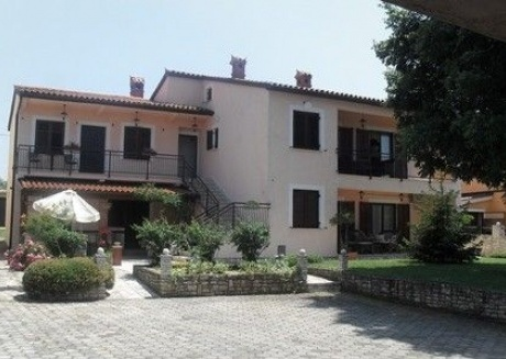 Spacious apartment in the center of Gajana with Parking, Internet, Air conditioning, Balcony