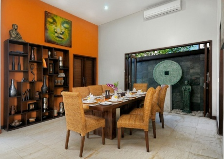 Spacious house in Mengwi with Internet, Pool, Terrace
