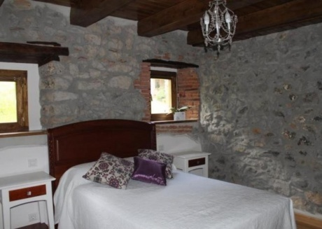 Cozy apartment in Ampuero with Parking, Washing machine, Garden, Terrace