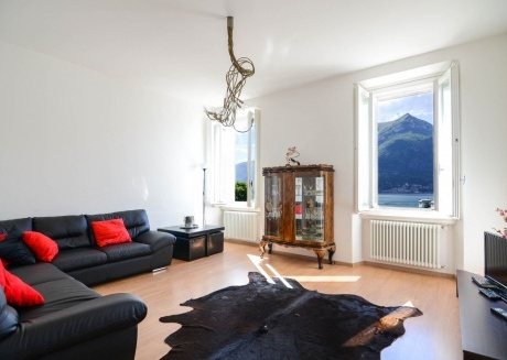 Spacious apartment in the center of Bellagio with Internet, Air conditioning, Terrace