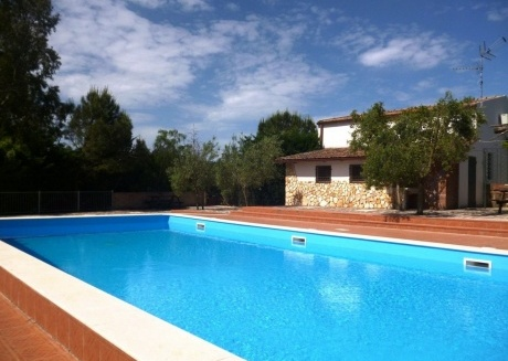 Cozy country house in the center of Cerri Aprano with Parking, Internet, Washing machine, Air conditioning