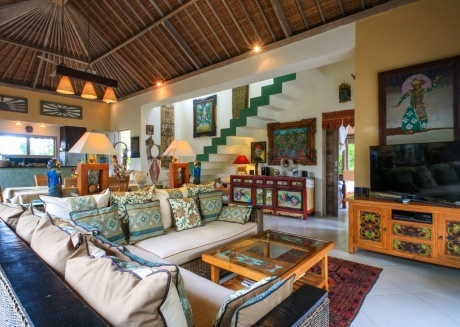 Spacious house close to the center of Ubud with Internet, Balcony, Garden, Terrace