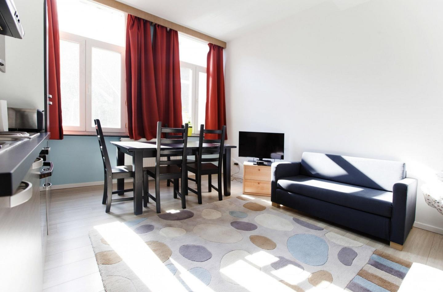 Cozy apartment in the center of Brussels with I... Slide-1