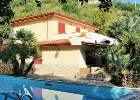 Cozy villa in Gaeta with Parking, Internet, Washing machine, Pool