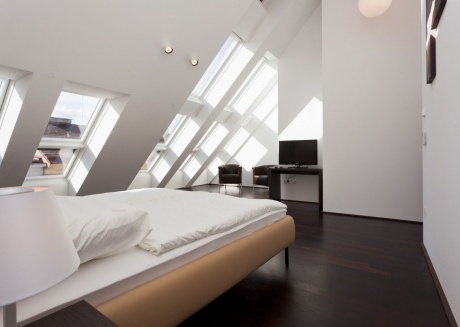 Spacious apartment very close to the centre of Vienna with Lift, Internet, Washing machine, Terrace