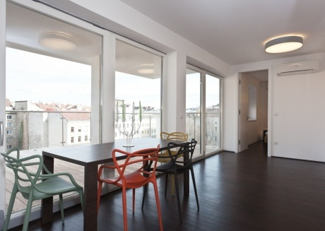 Spacious apartment very close to the centre of Vienna with Lift, Internet, Washing machine, Air conditioning