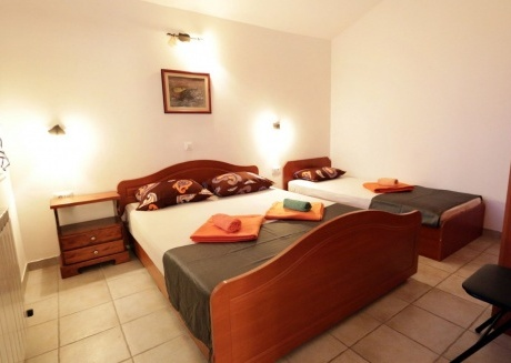 Cozy apartment in the center of Ližnjan with Parking, Internet, Air conditioning, Pool