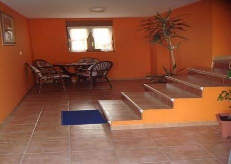 Cozy apartment in Miengo with Washing machine, Pool, Garden, Terrace
