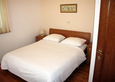Cozy apartment in the center of Bašanija with Parking, Internet, Washing machine, Air conditioning