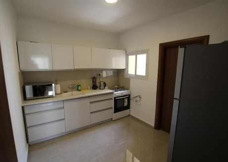 Spacious apartment close to the center of Bat Yam with Lift, Parking, Internet, Air conditioning