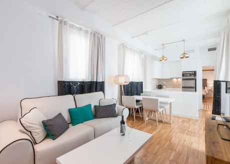 Cozy building in the center of Granada with Lift, Parking, Washing machine, Air conditioning