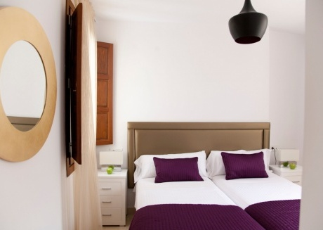 Cozy building in the center of Granada with Lift, Air conditioning, Balcony
